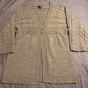 Cute 3/4 sleeve gray cardigan sweater